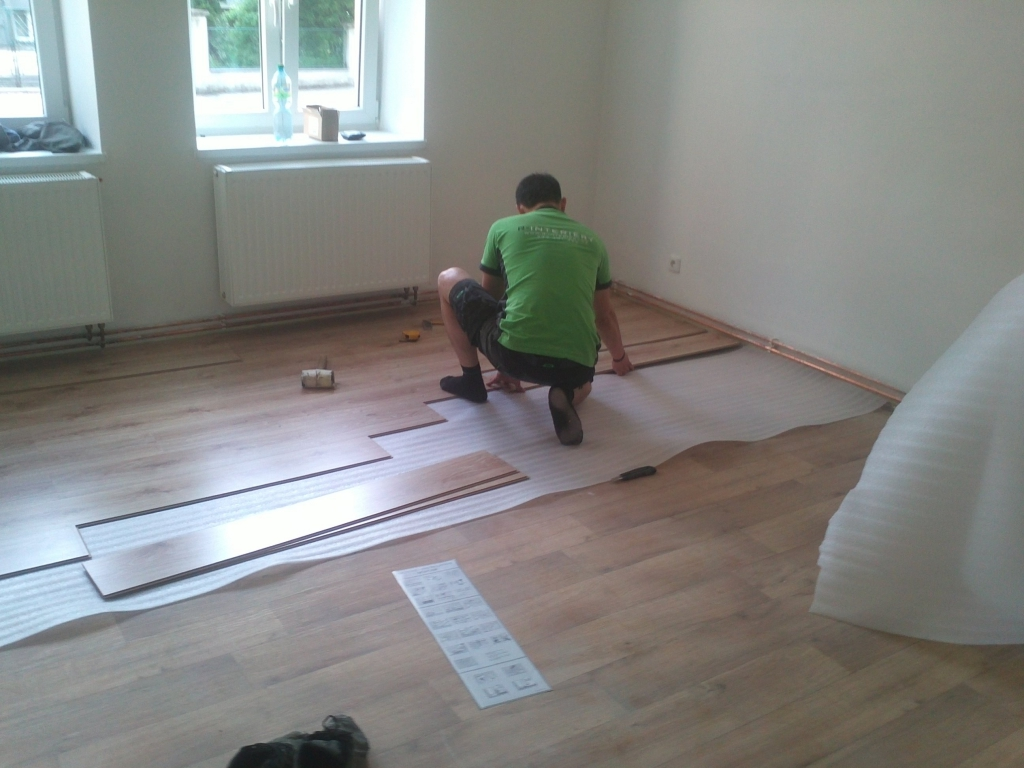 Položení podlahy cena